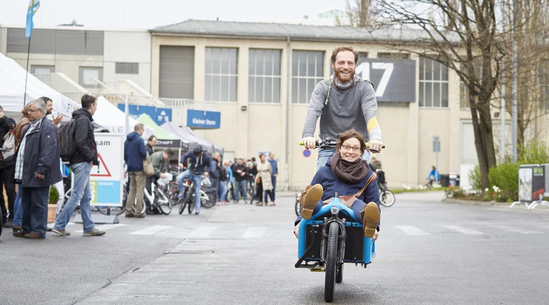 VELO Berlin Festival Paar auf Fahrrad